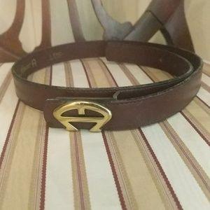 Vintage Etienne Aigner leather belt